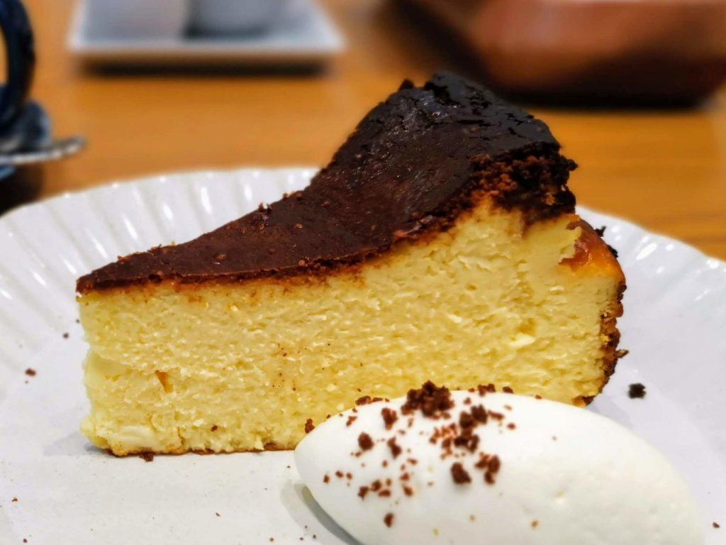 日比谷 キハチカフェ (25)バスクチーズケーキ