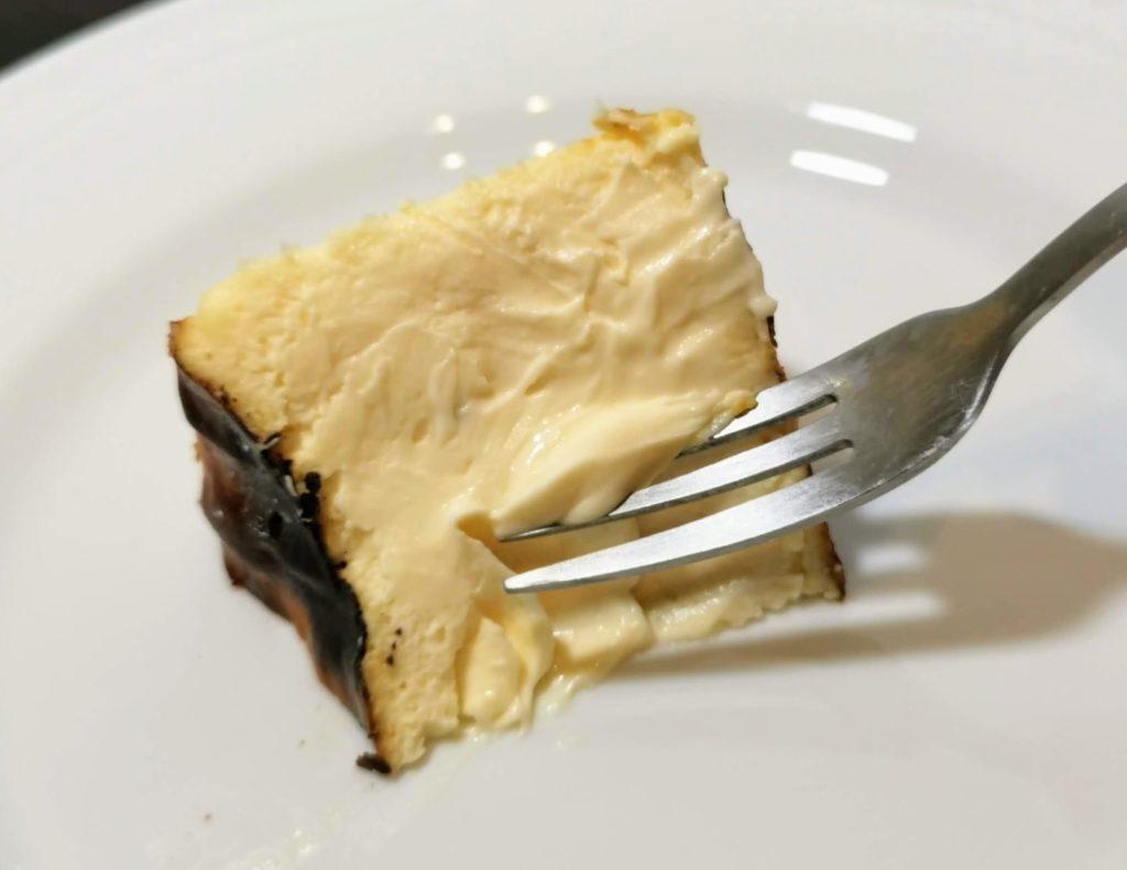 恵比寿 BELTZ(ベルツ) バスクチーズケーキ (3)