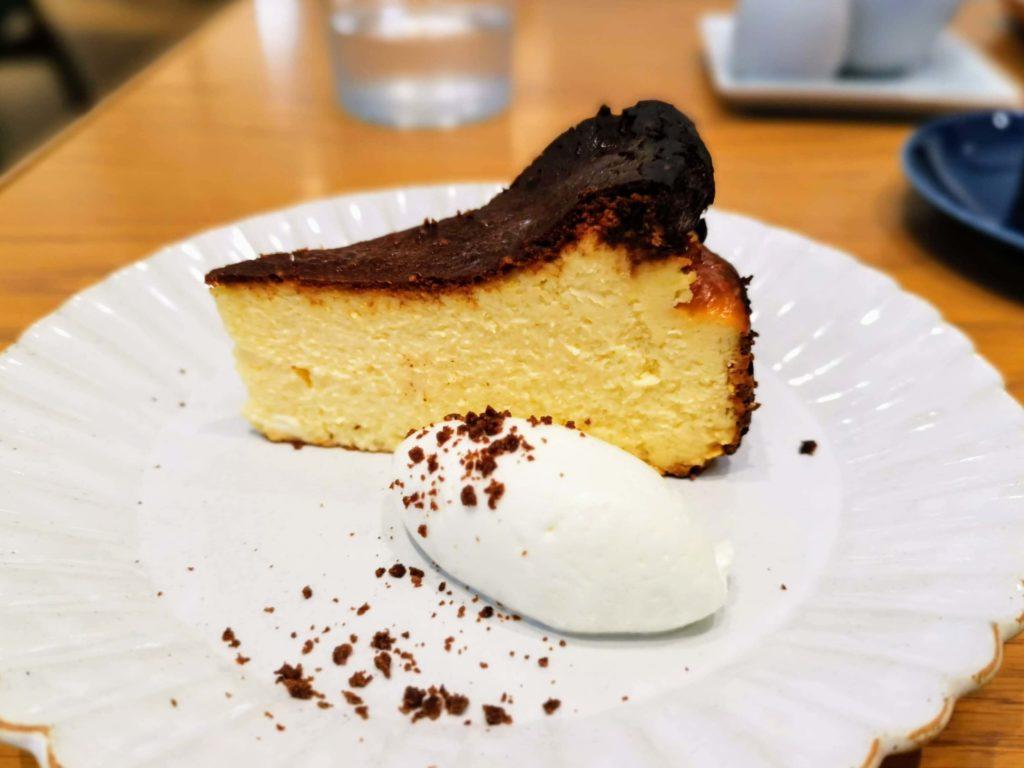 日比谷 キハチカフェ (26)バスクチーズケーキ