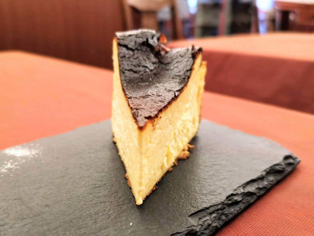 広尾 笄軒 (4)バスクチーズケーキ