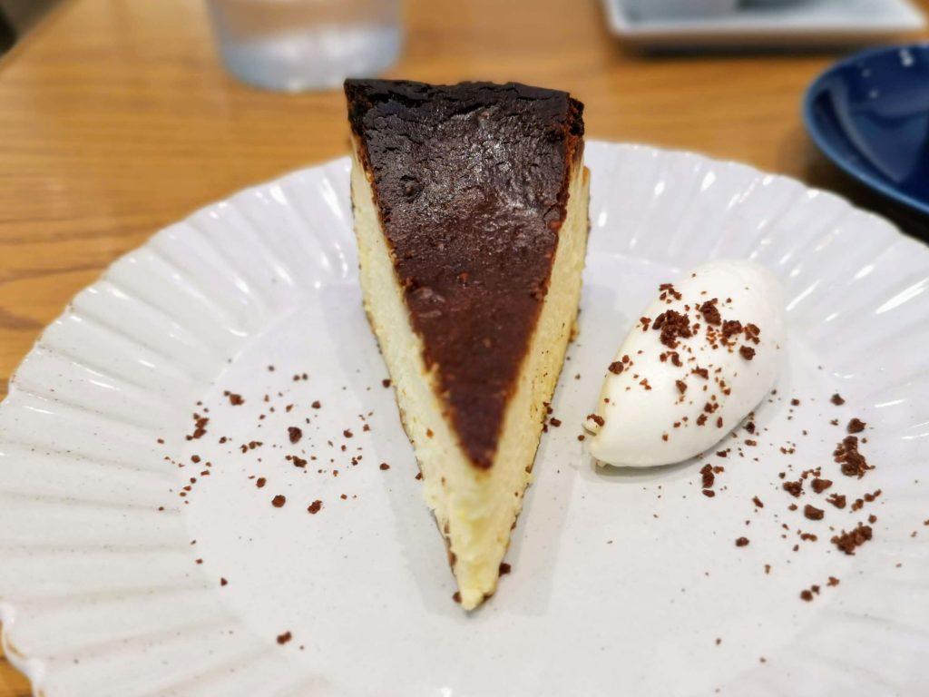日比谷 キハチカフェ (23)バスクチーズケーキ