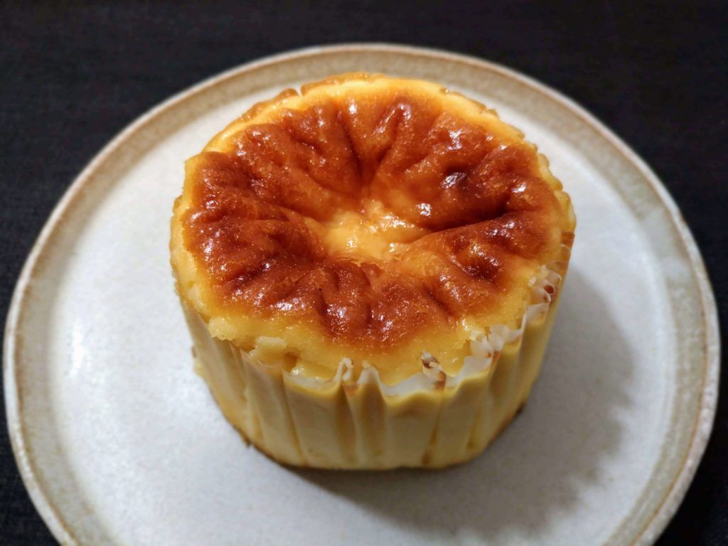 Gazta ガスタ バスクチーズケーキ (2)