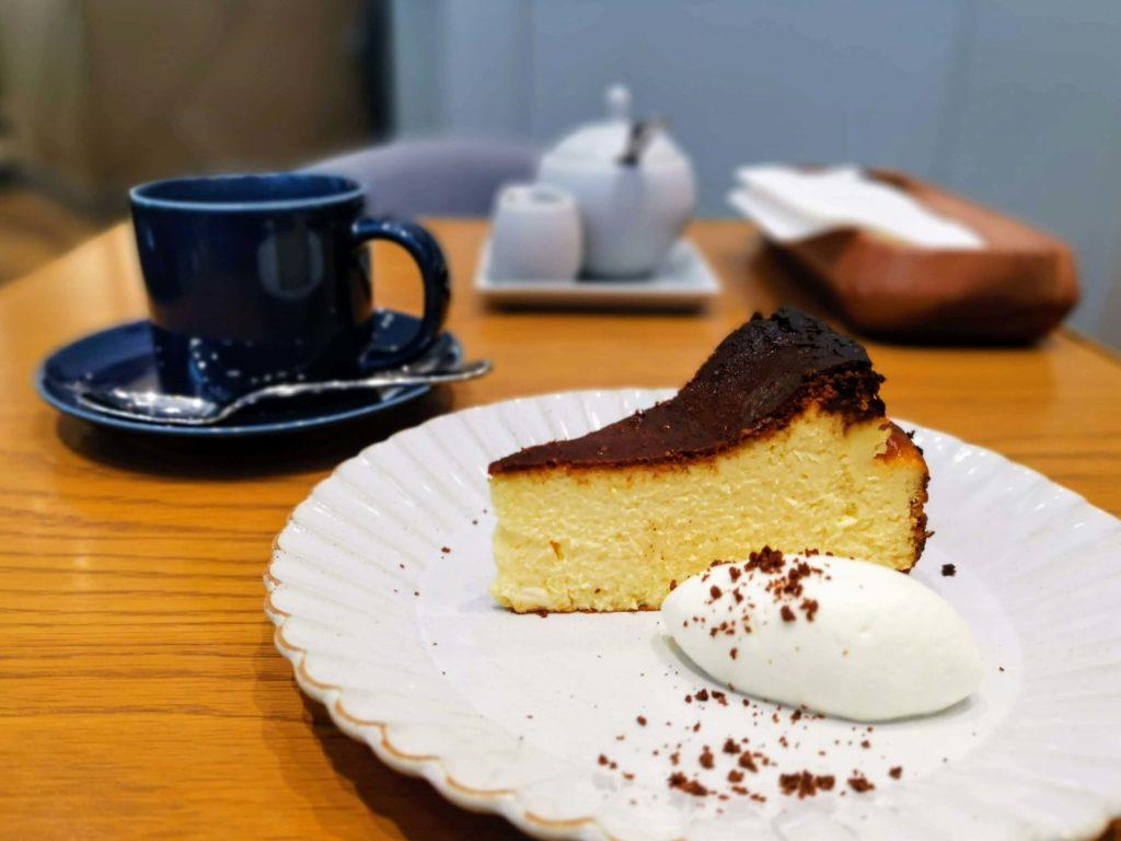日比谷 キハチカフェ (16)バスクチーズケーキ
