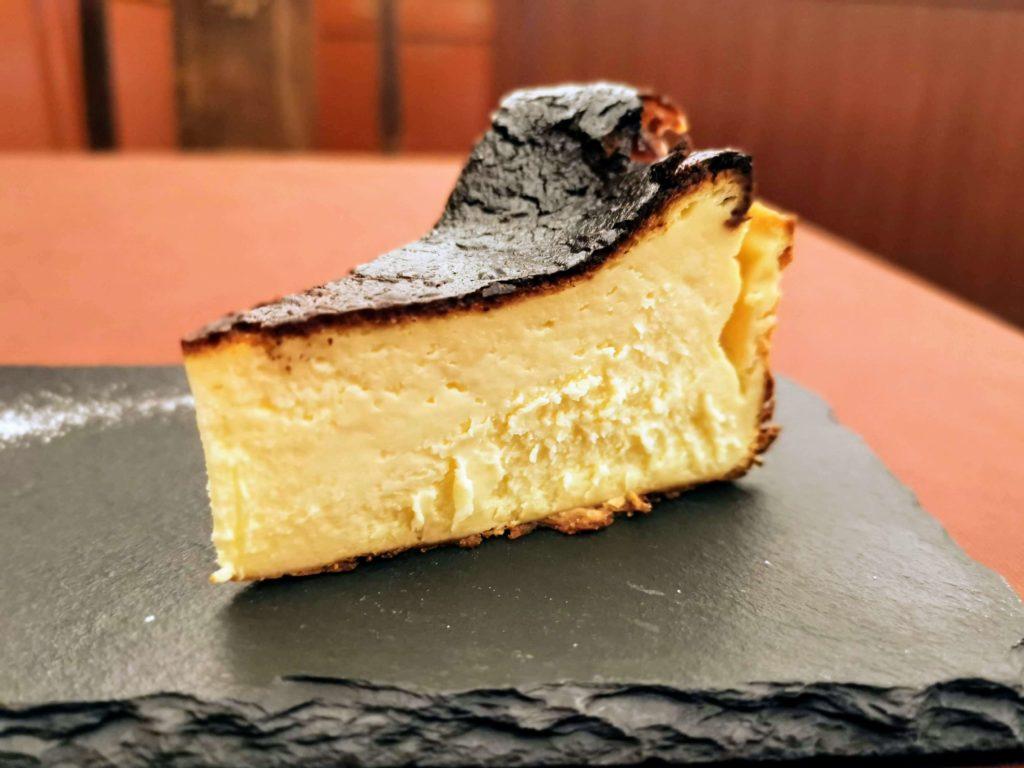 広尾 笄軒 (6)バスクチーズケーキ