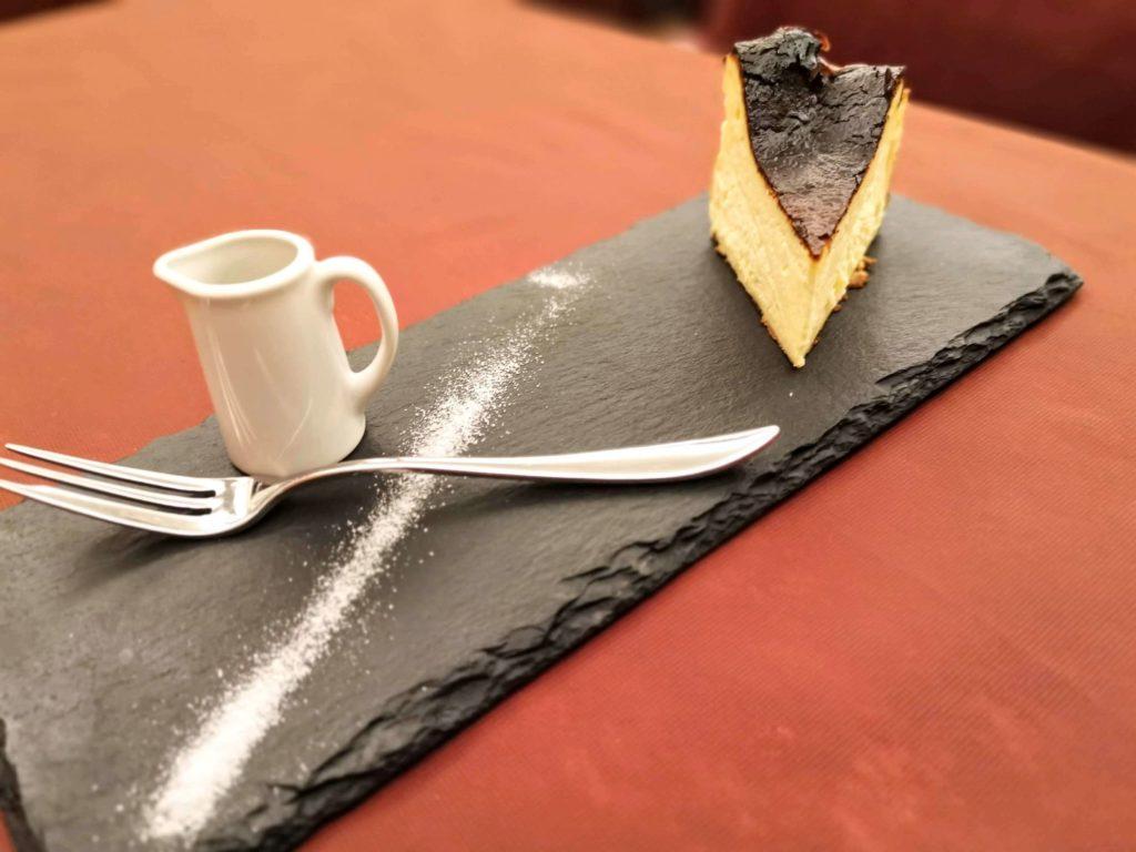 広尾 笄軒 (9)バスクチーズケーキ