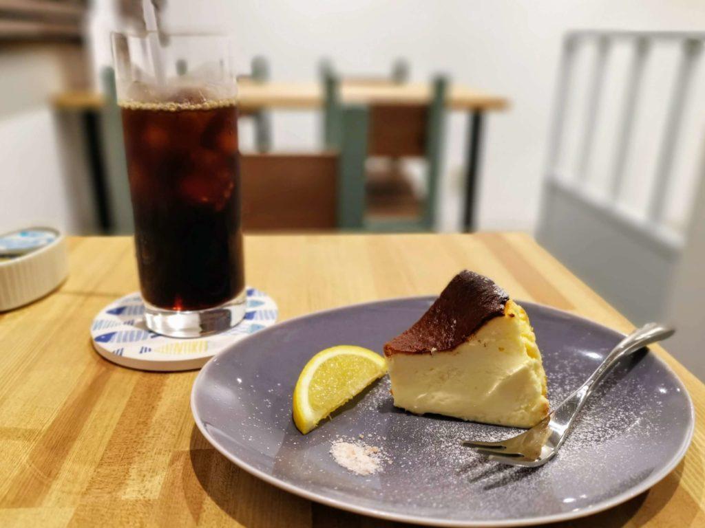 FUDGE gallery&cafe (12)バスクチーズケーキ