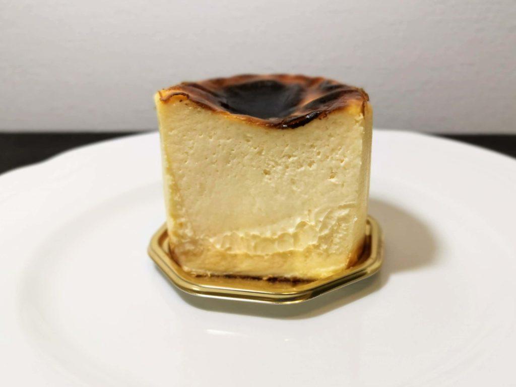 恵比寿 BELTZ(ベルツ) バスクチーズケーキ (5)