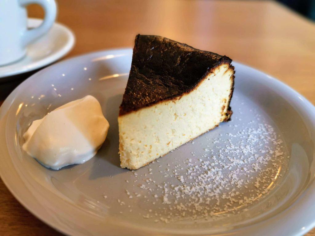ナッティーズカフ(Nutty's Caff)茗荷谷 バスクチーズケーキ (5)