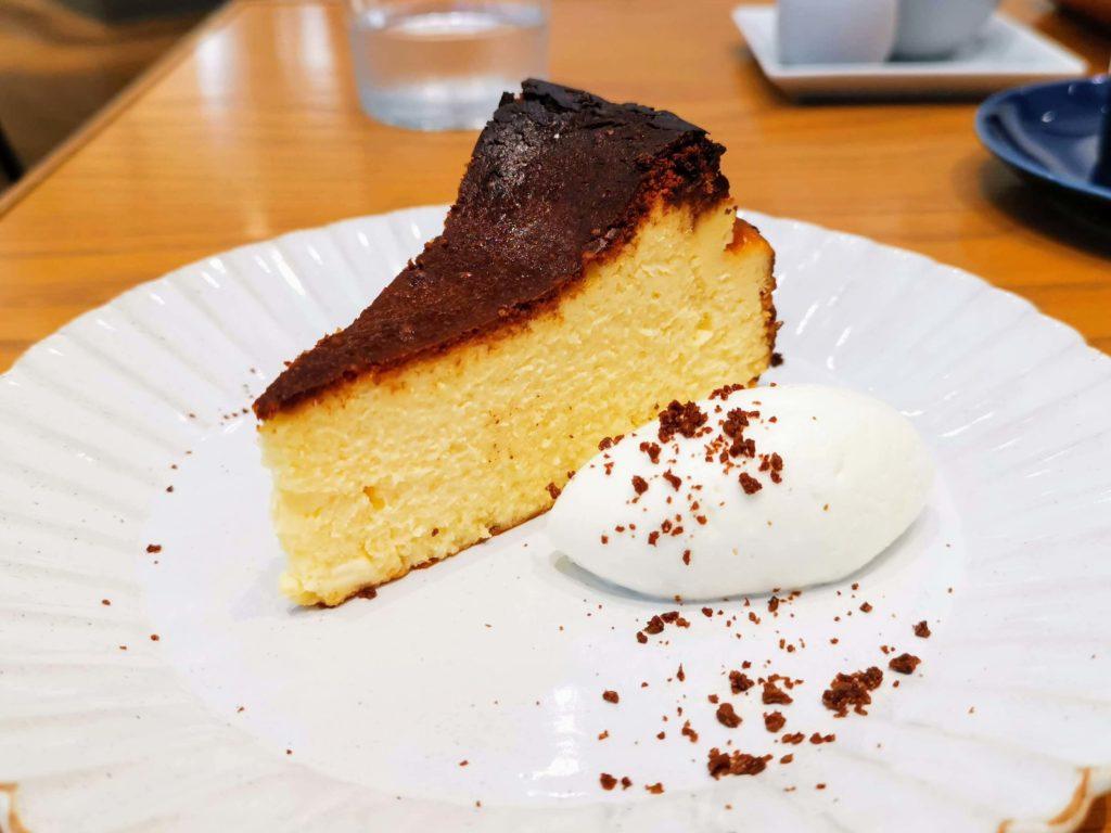 日比谷 キハチカフェ (24)バスクチーズケーキ