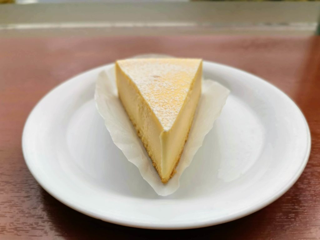 ベローチェ ベイクドチーズケーキ (7)