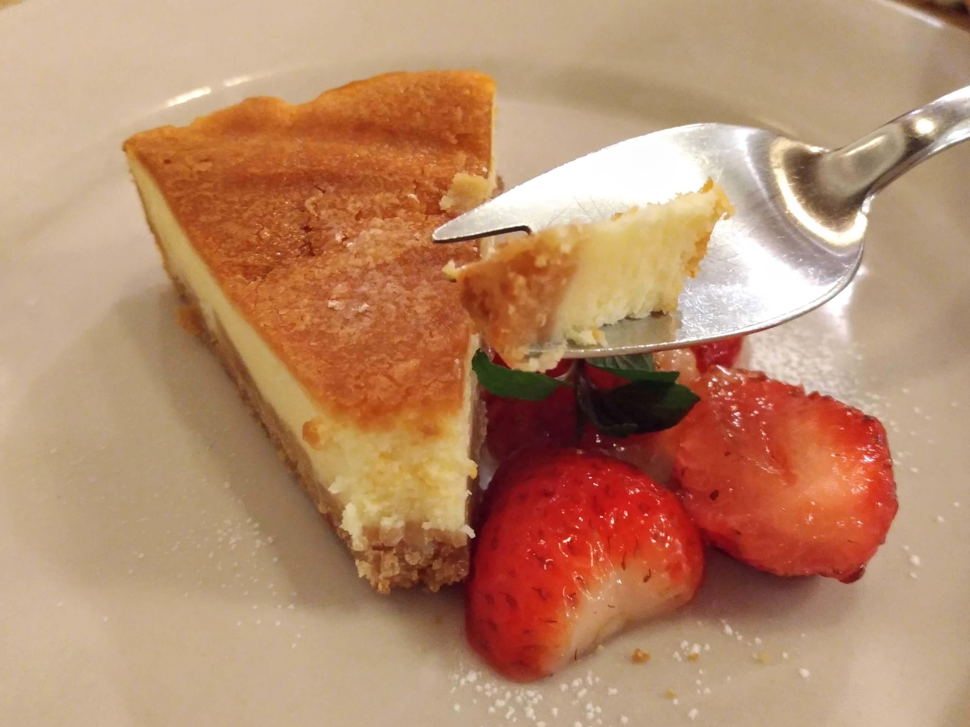 つばめグリル ベイクドチーズケーキ (1)