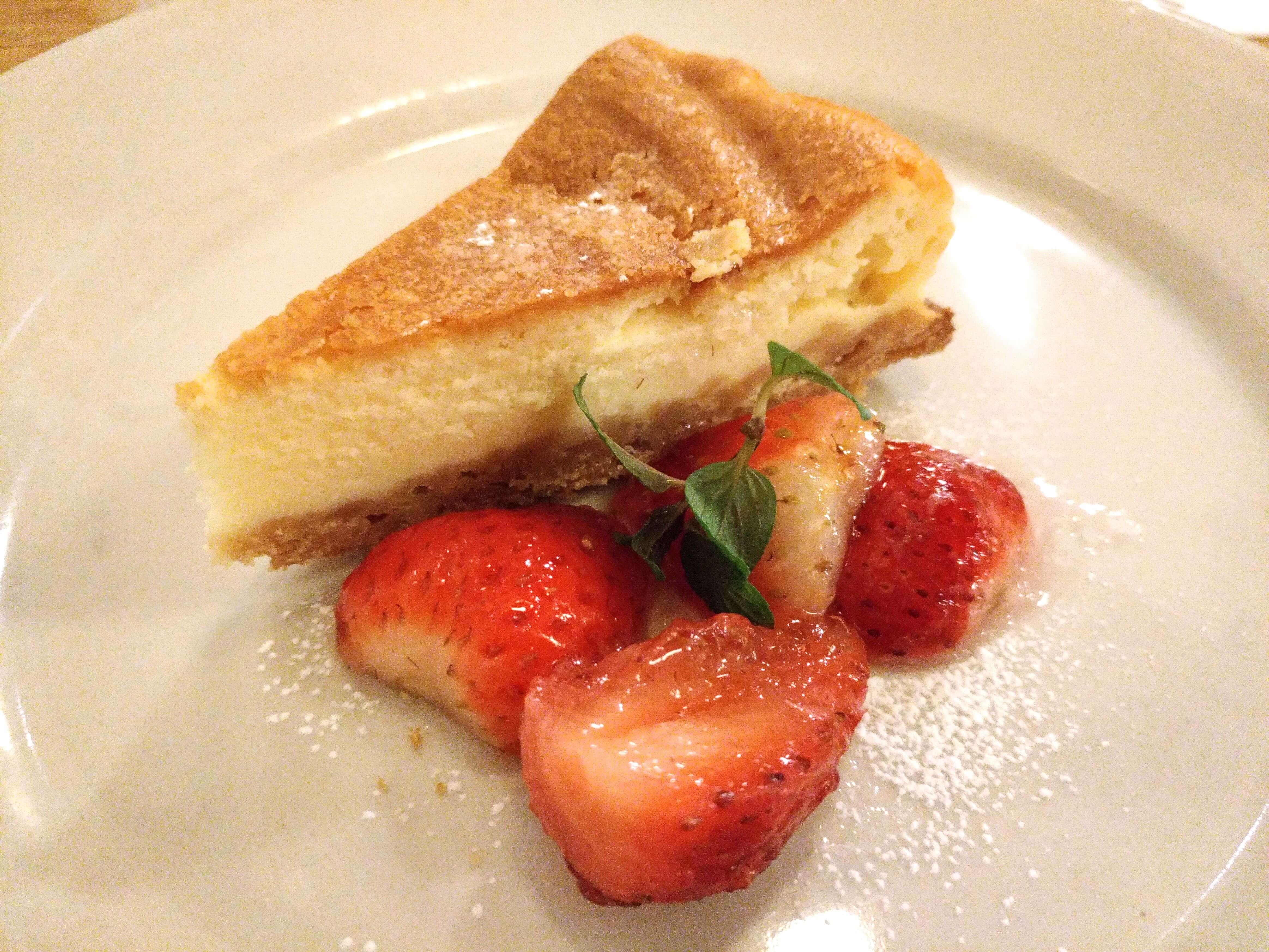 つばめグリル ベイクドチーズケーキ (7)