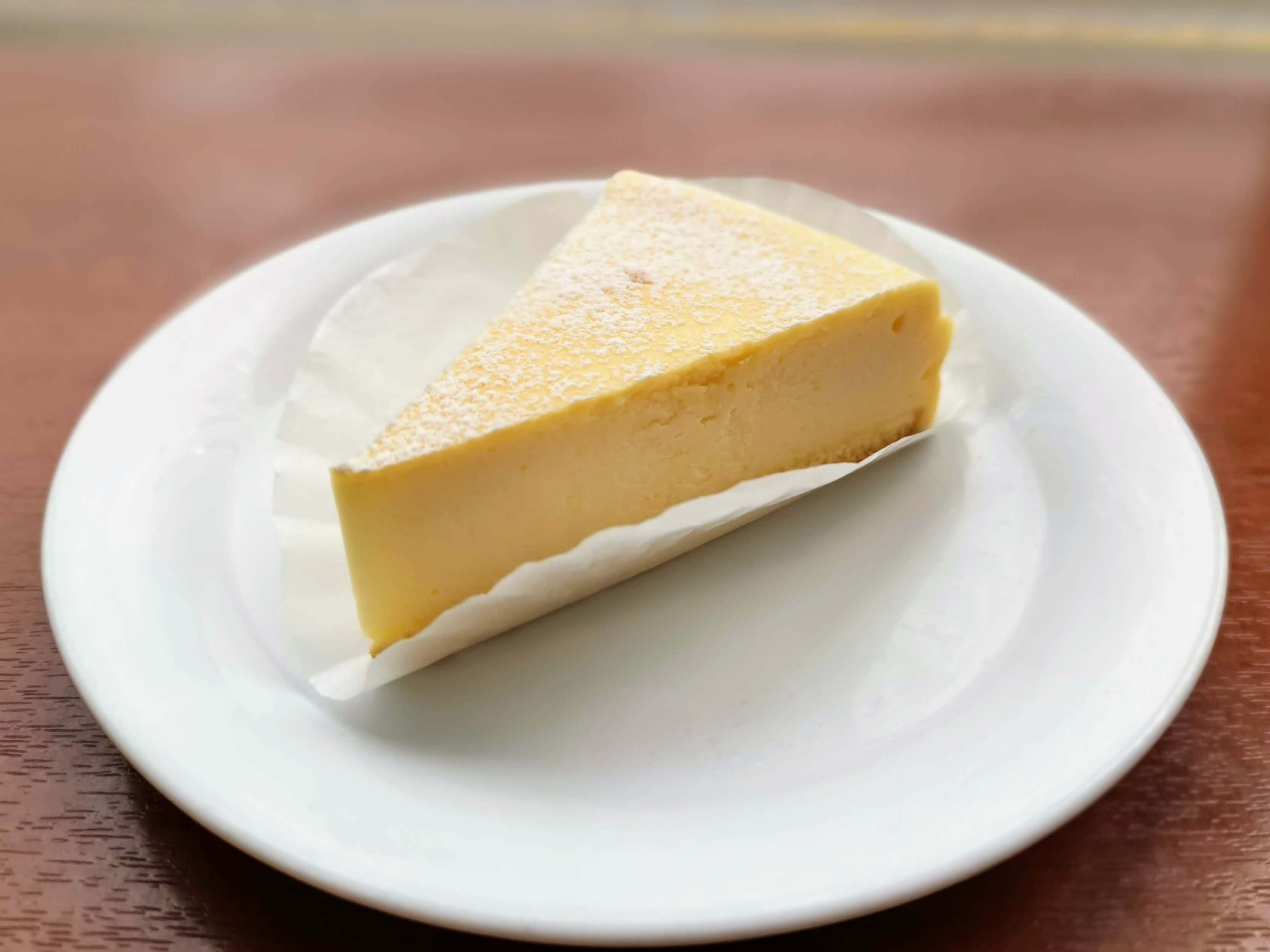 ベローチェ ベイクドチーズケーキ (6)
