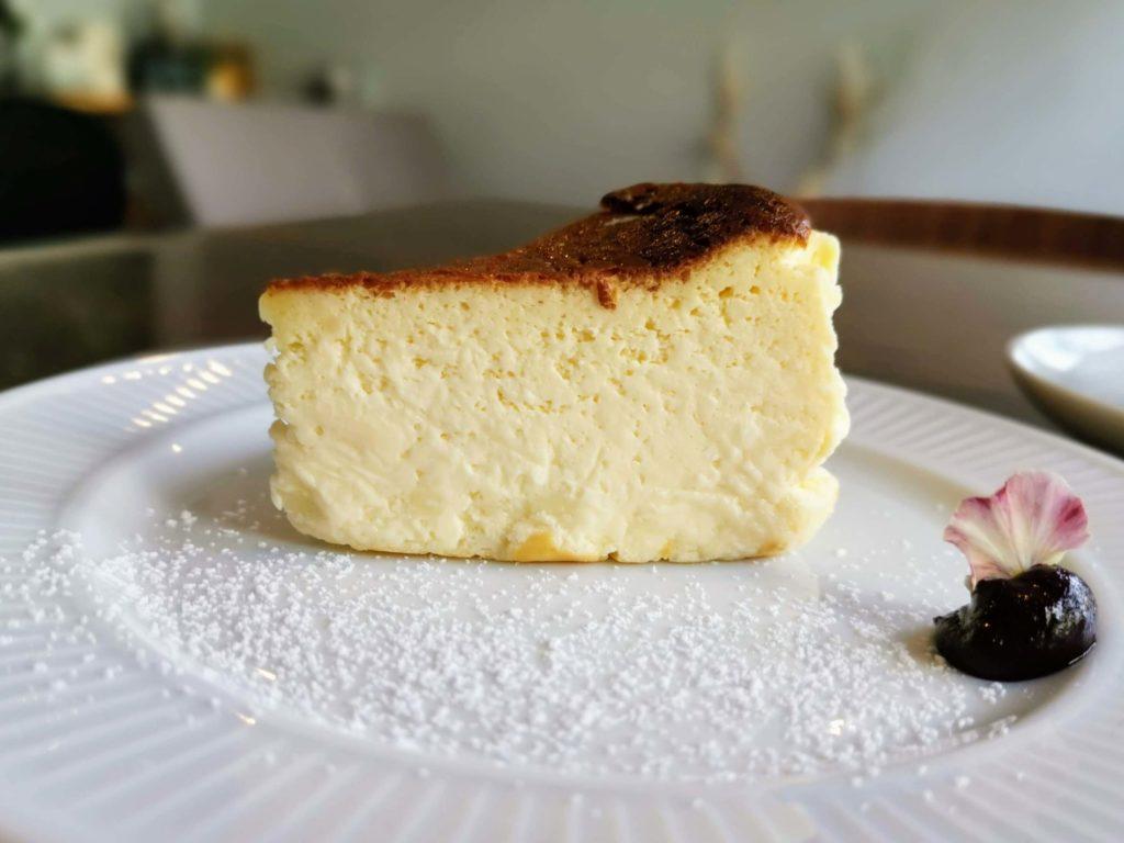 カフェ海猫山猫 (23)バスクチーズケーキ