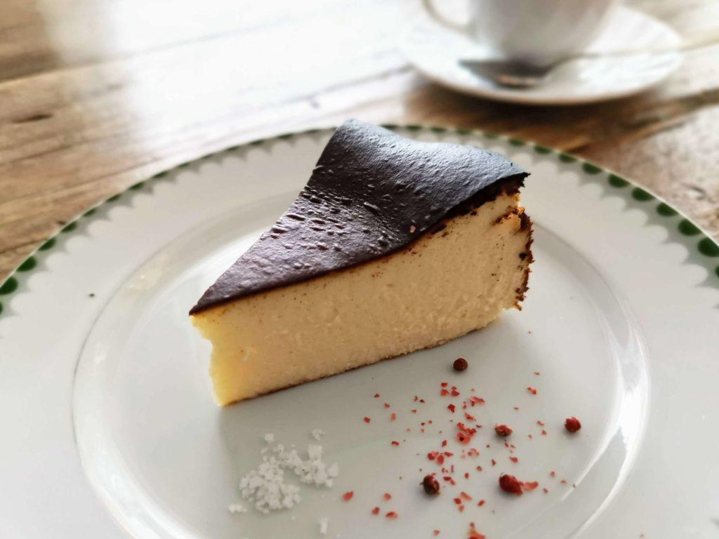 リロンデル(中目黒) (32)バスクチーズケーキ