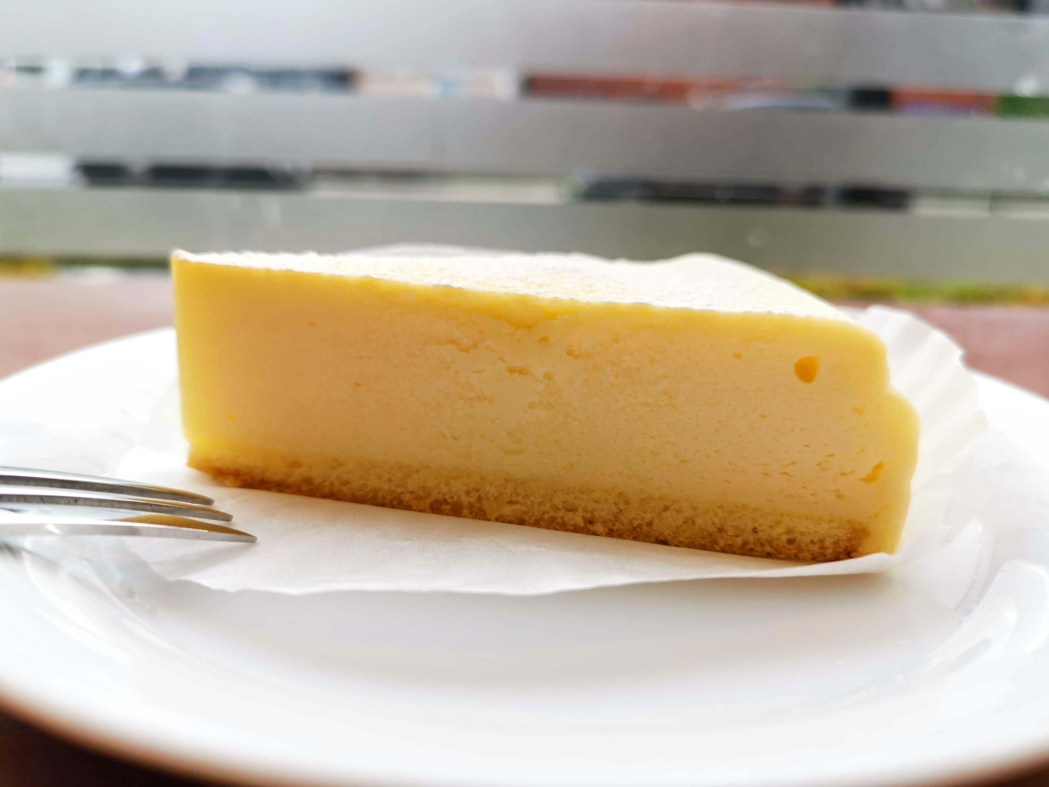 ベローチェ ベイクドチーズケーキ (9)
