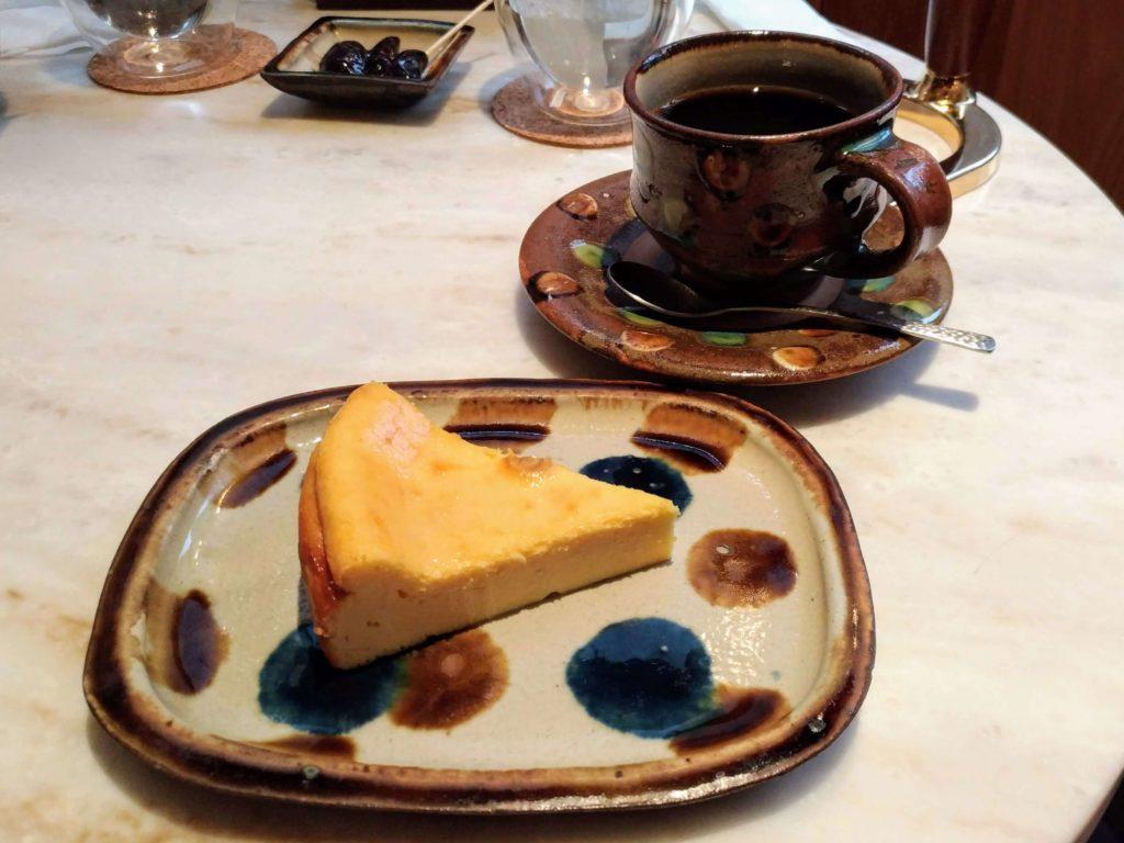 ペンギンカフェ ベイクドチーズケーキ (11)