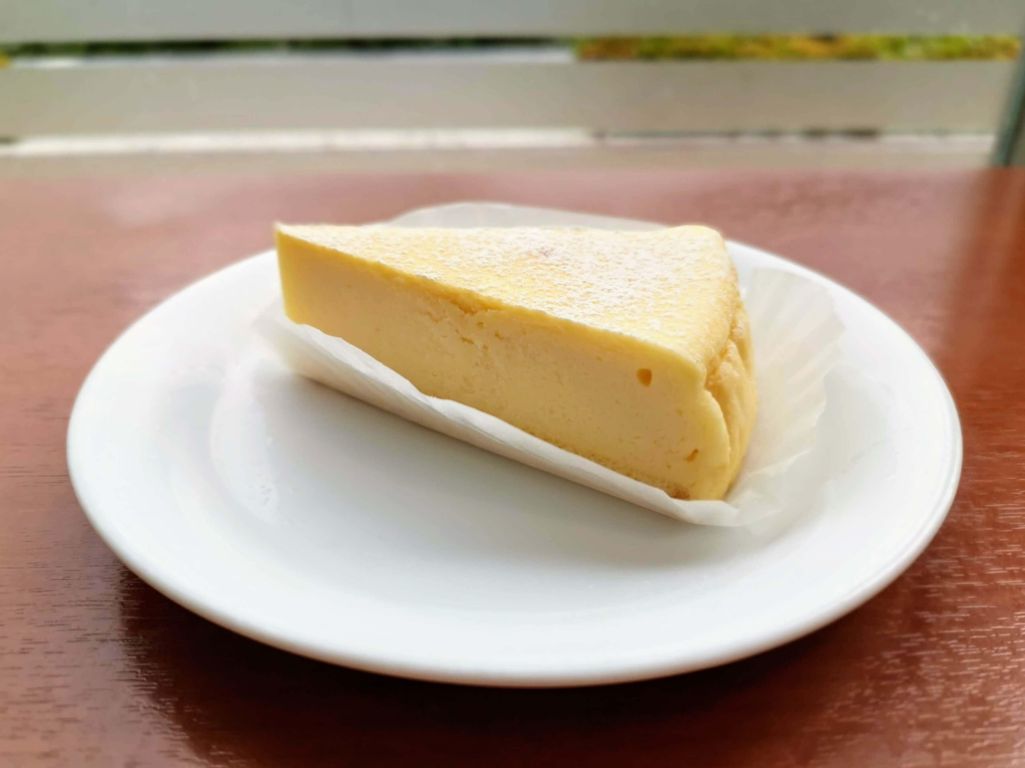 ベローチェ ベイクドチーズケーキ (5)