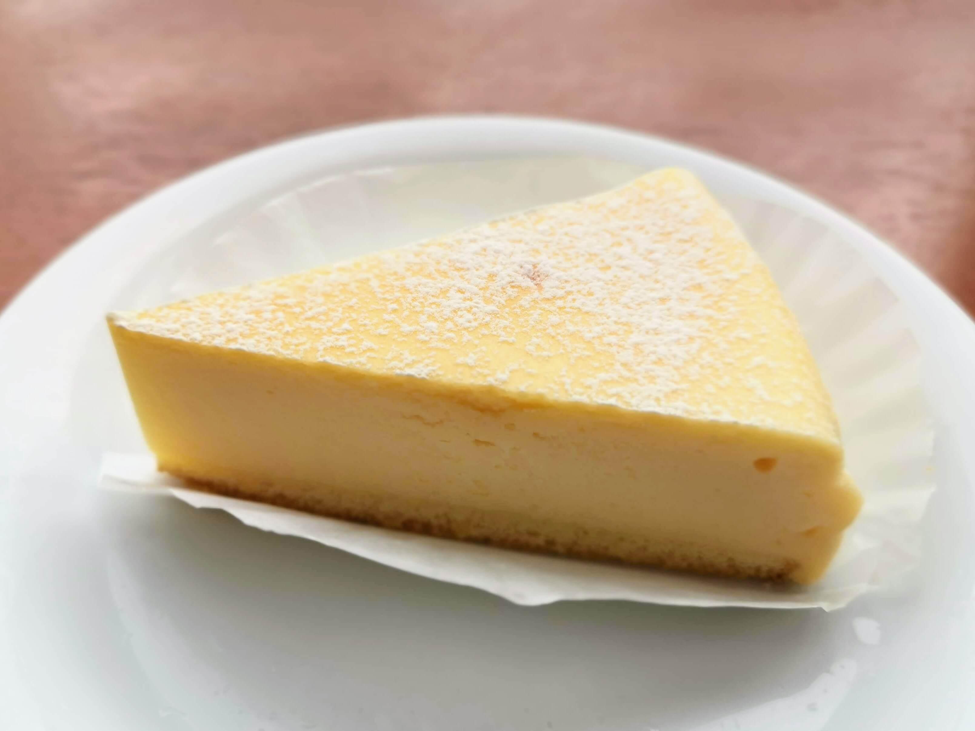 ベローチェ ベイクドチーズケーキ (3)