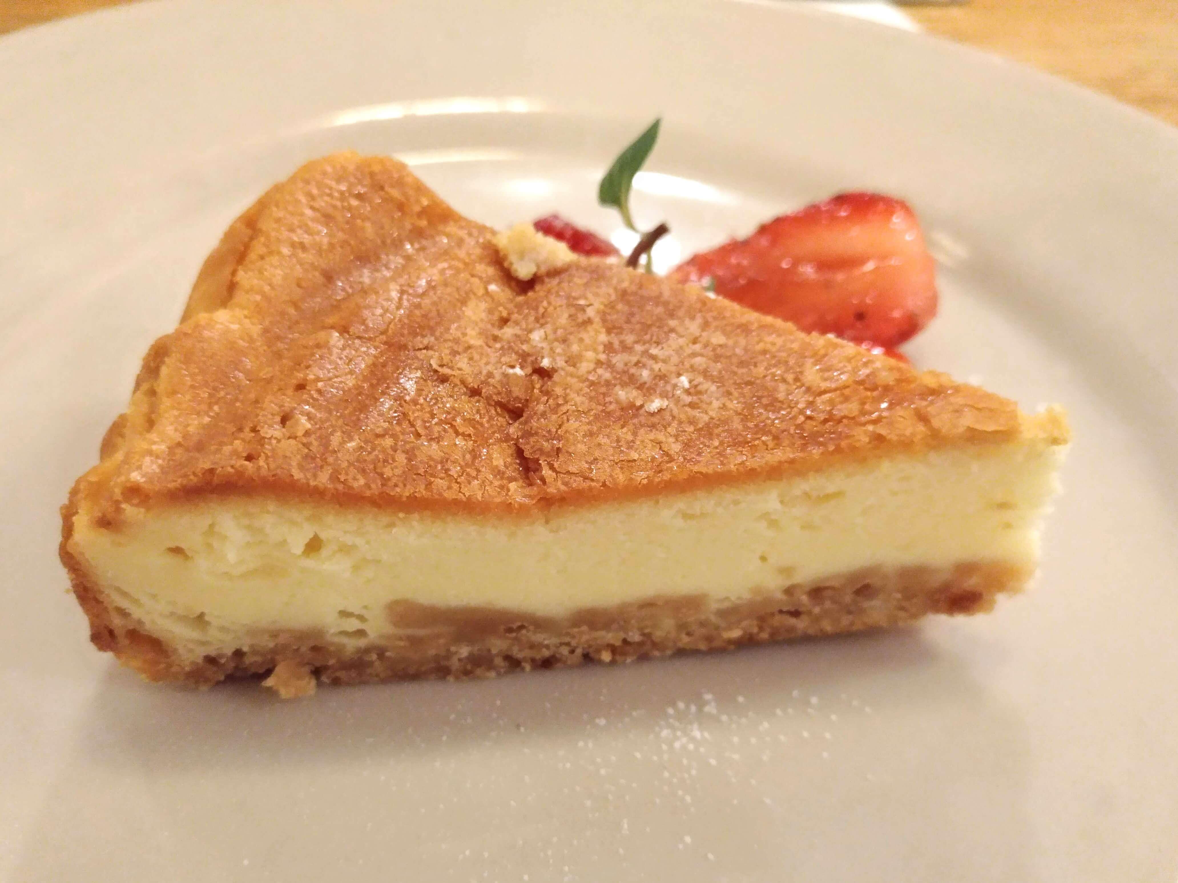 つばめグリル ベイクドチーズケーキ (10)