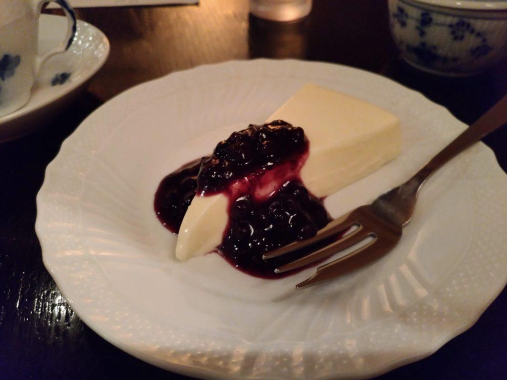 五反田 カフェトゥジュールデビュテ レアチーズケーキ (2)