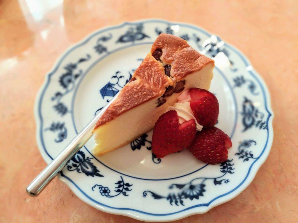 赤坂 紙ひこうき あずきのチーズケーキ (5)