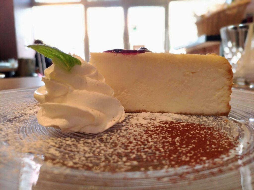アースカフェ レアチーズケーキ