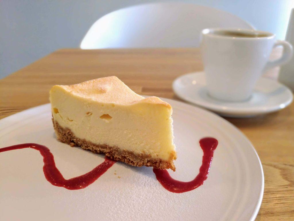 自由が丘 パンとエスプレッソと自由形 (13)チーズケーキ