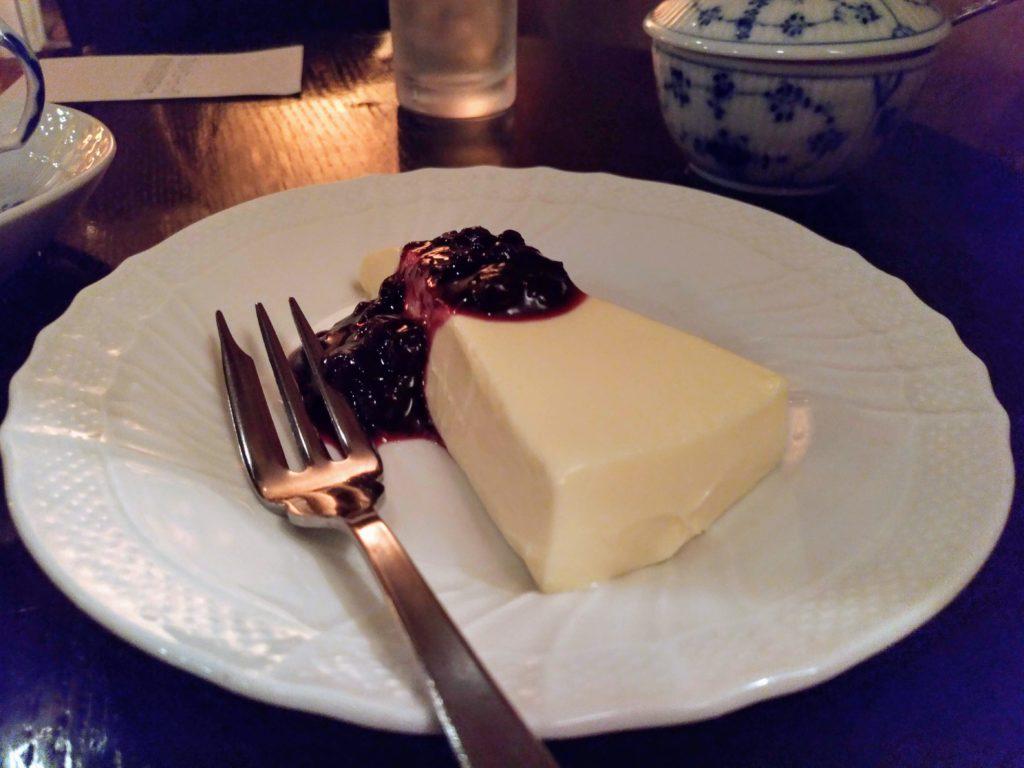 五反田 カフェトゥジュールデビュテ レアチーズケーキ (1)