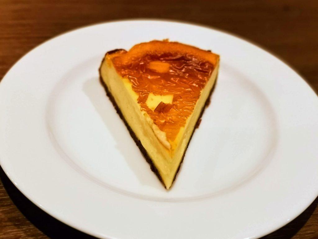 タンドールひつじや 自家製チーズケーキ