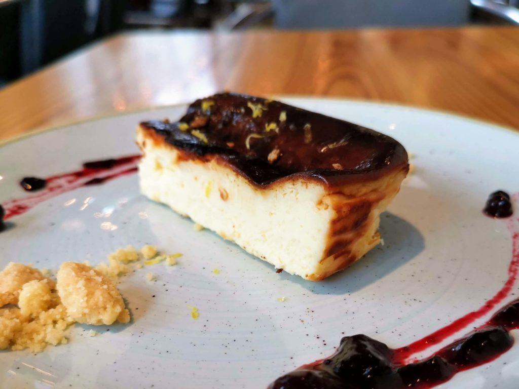 渋谷 チリンギート エスクリバ バスクチーズケーキ (8)