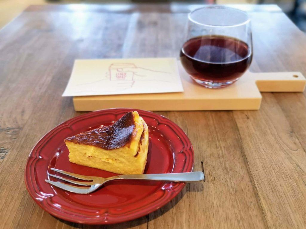 カフェサンズノム(cafe sans nom) バスクチーズケーキ 赤坂、六本木、乃木坂