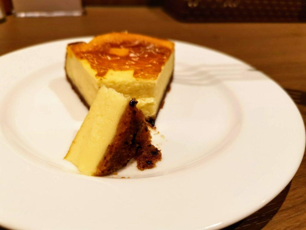タンドール料理ひつじや 自家製チーズケーキ