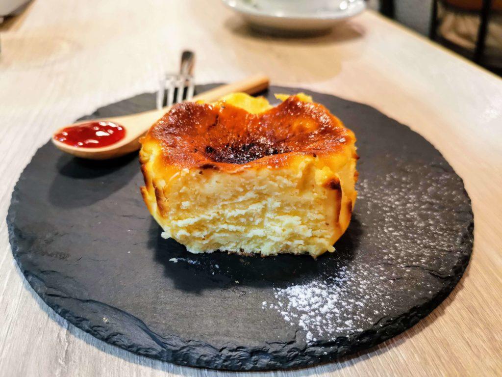 タパスアンドタパス バスクチーズケーキ (12)
