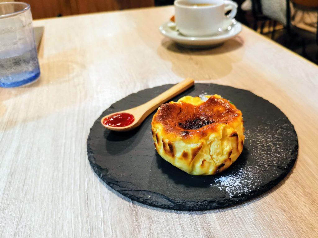 タパスアンドタパス バスクチーズケーキ (9)