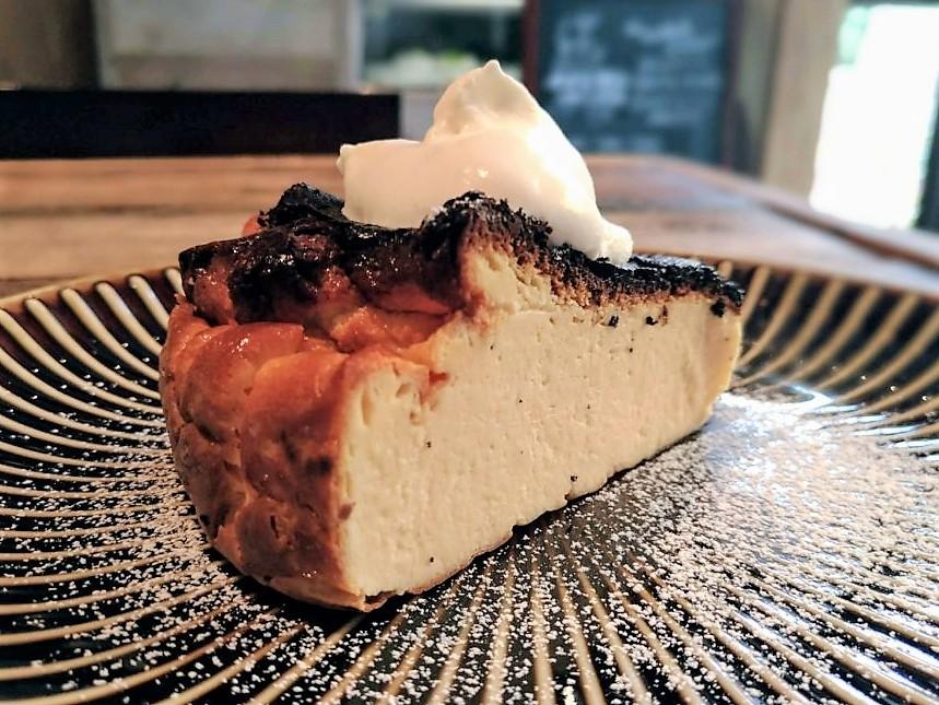 イイジカン バスクチーズケーキ