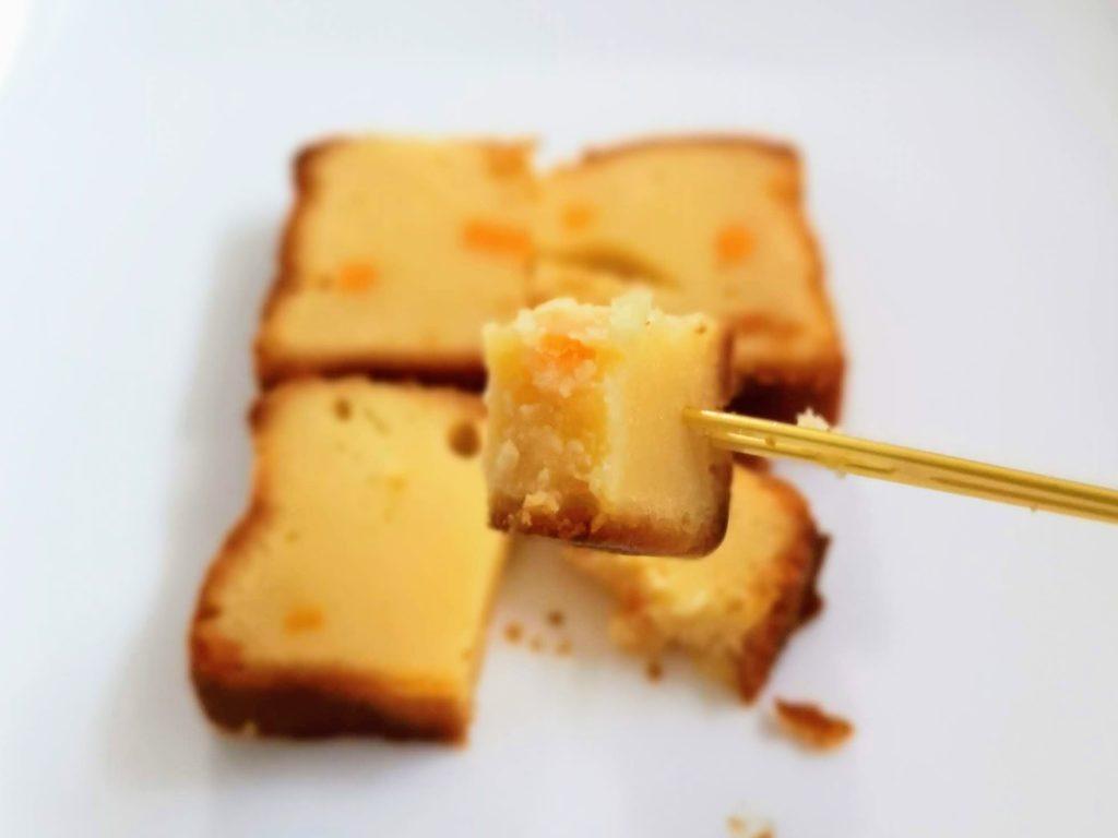 ローソン コスモフーズ ベイクドチーズケーキ(つぶころチーズ入り) (1)