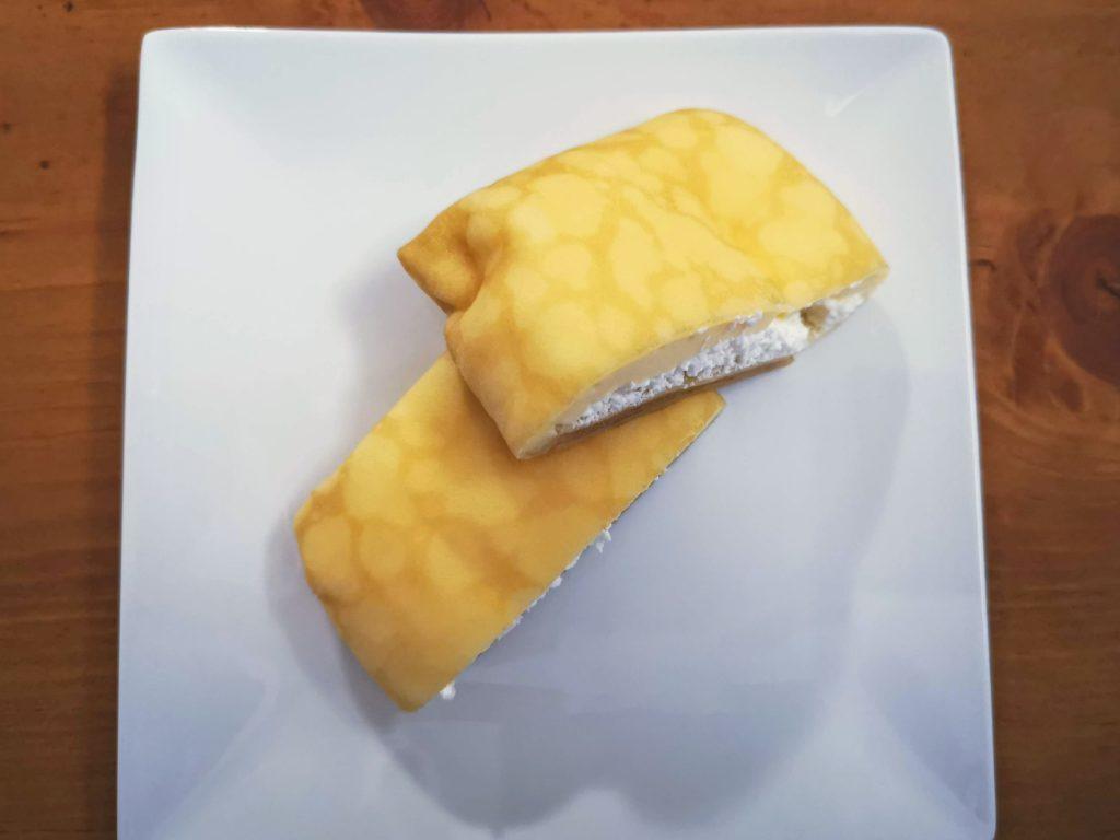 セブンイレブン・デリカシェフ もっちりクレープ ダブルレアチーズクリーム (8)