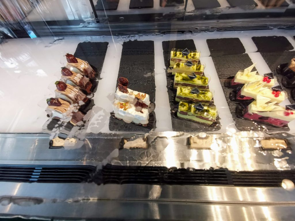 カマンベールマスカルポーネの2層のチーズケーキ