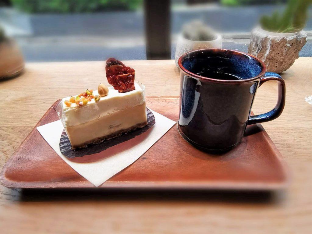 ディゾン 神保町 カマンベールマスカルポーネ 2層のチーズケーキ (13)