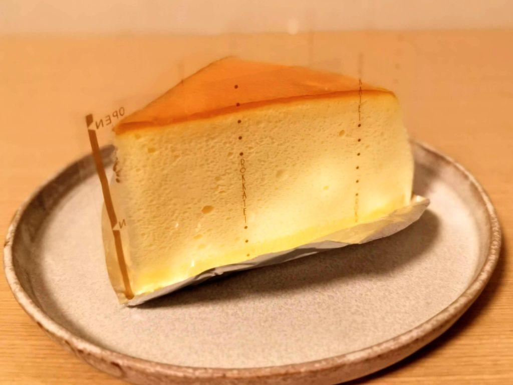 六花亭 チーズスフレ (4)
