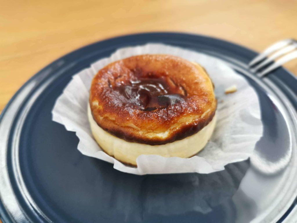 成城石井 バスクチーズケーキ (10)