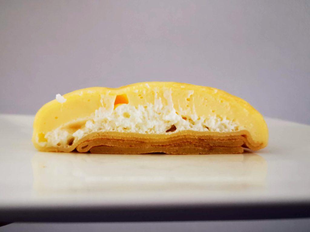 セブンイレブン・デリカシェフ もっちりクレープ ダブルレアチーズクリーム (10)