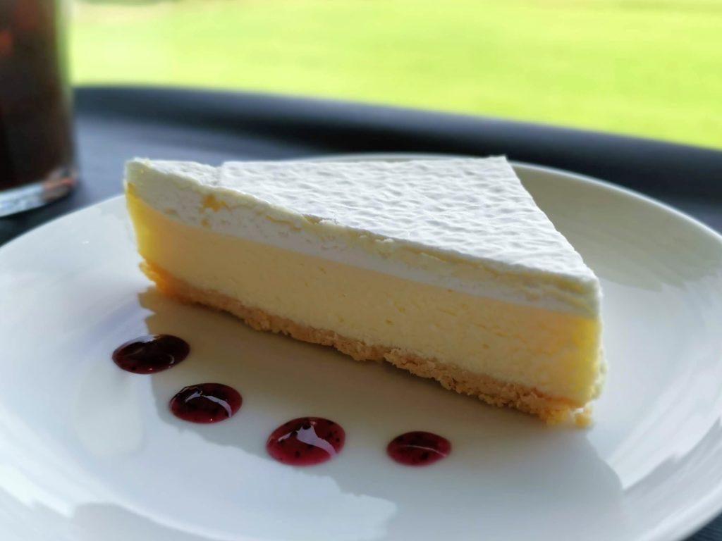ナイタイ高原牧場ナイタイテラス チーズケーキ