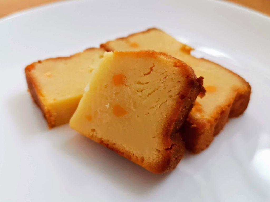 ローソン コスモフーズ ベイクドチーズケーキ(つぶころチーズ入り) (9)