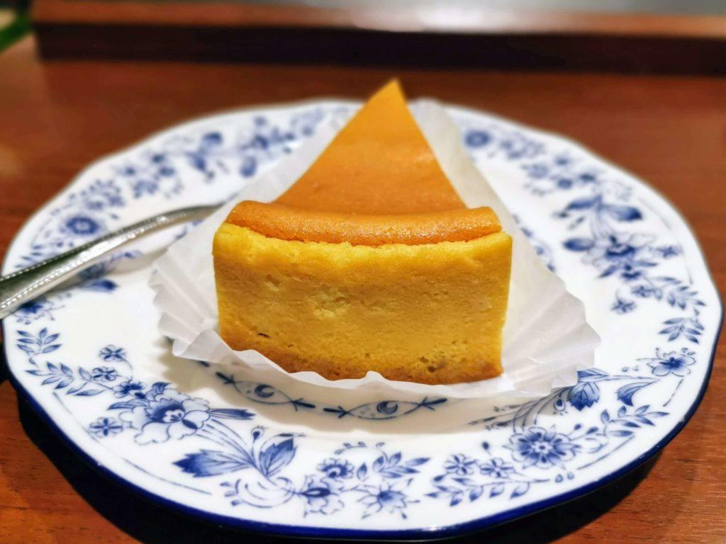 ドトールコーヒーショップ ベイクドチーズケーキ (3)