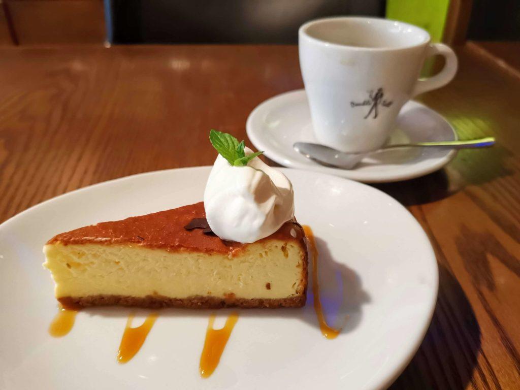 渋谷 ダブルトールカフェ ベイクドチーズケーキ (6)