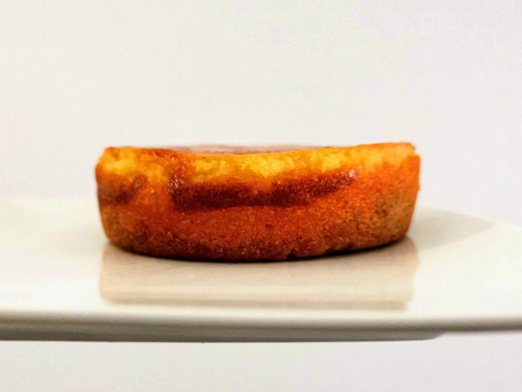 【ファミリーマート・敷島製パン】コク深い味わい・ベイクドチーズタルト (8)