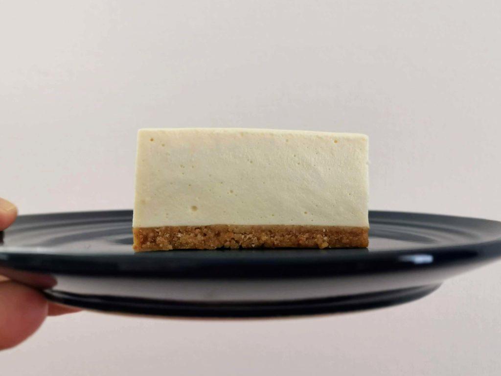 コガネイチーズケーキ きび砂糖プレーンのレアチーズケーキ (6)
