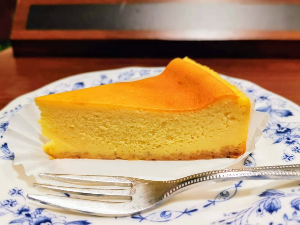 ドトールコーヒーショップ ベイクドチーズケーキ (1)
